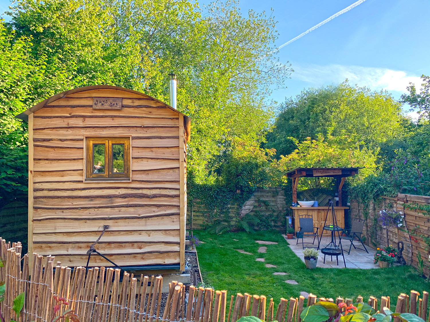 Shepherd's Hut Retreat in Herefordshire
