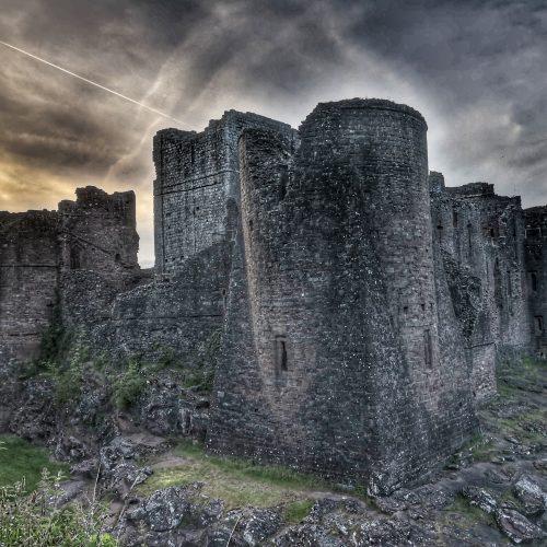 Castles & Pubs